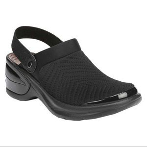 Bzees Black Kitty Mules with Sling Back Strap 8.5